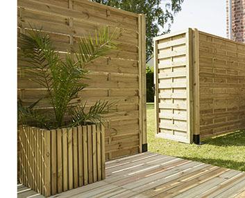 Verdeesvida una puerta de madera para el cerramiento for Cerramientos para jardines