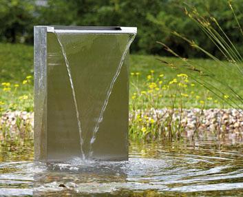 Verdeesvida una cascada de acero inoxidable for Fuentes y cascadas para jardin