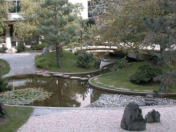 verdeesvida :: Isamu Noguchi: el jardín zen como escultura simbólica